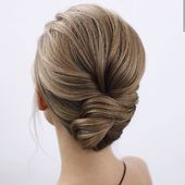 Getting ready for this #christmas #party? Looking for unforgettable #hairstyle for #newyearseve ?? --> Everyday new sources of #inspiration to be always at your best! #ormar #torino #hair #shopping #fashion #makeup #skin #beauty #style #makeuplover #fashionista #instabeauty #instahair #christmas #christmas2019 Inspiration @tonyastylist 😍
